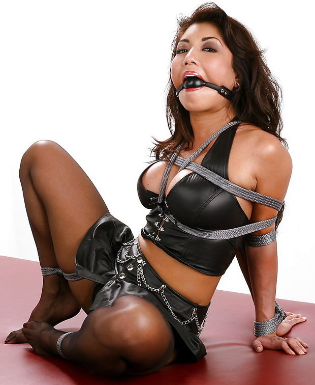 Nice slave tied up