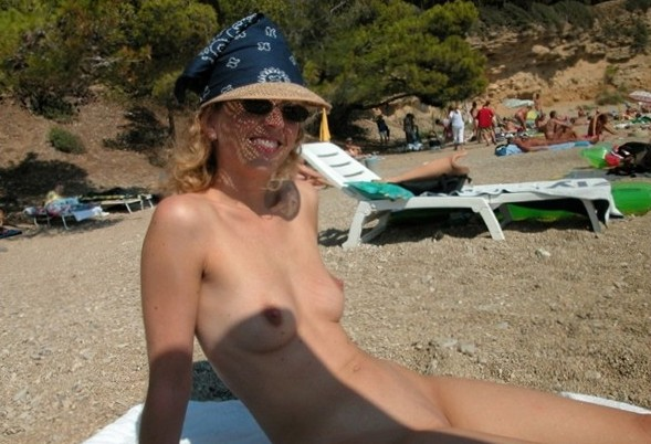 Nude and Beach - Nude Beach Babe Gallery